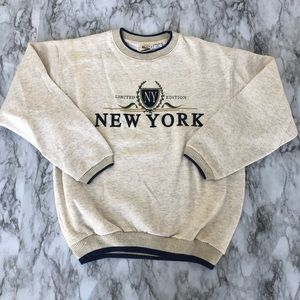New York vintage sweater B32